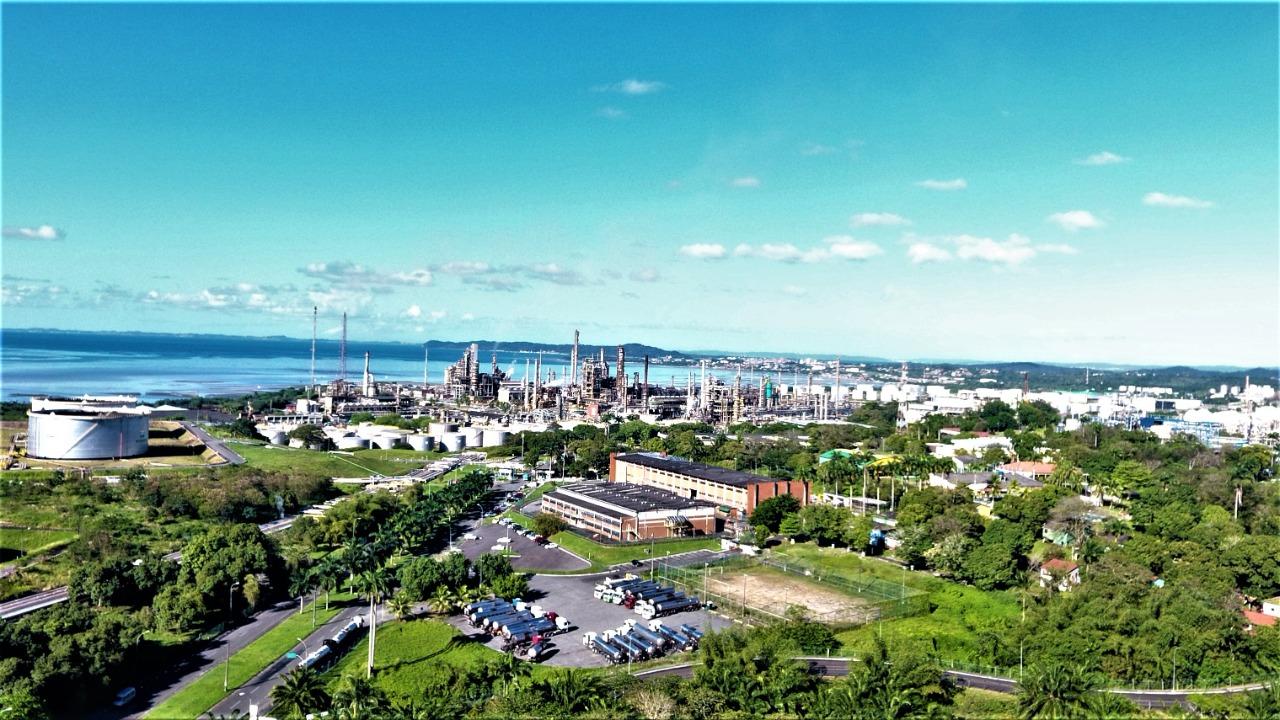 Conselho de Administração da Petrobras aprova venda RLAM